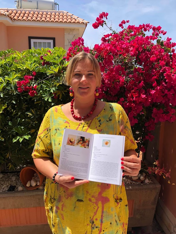 Viktorija Grajauskienė Lietuvių-ispanų kalba Mėgstamiausi Ispanijos lietuvių patiekalai (Los platos favoritos de los lituanos en España)