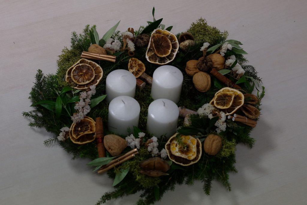 Advento vainikų dirbtuvės, Kalėdų dirbtuvės, Knygų namai Tenerifėje, lietuvių bendruomenė Tenerifėje, renginiai