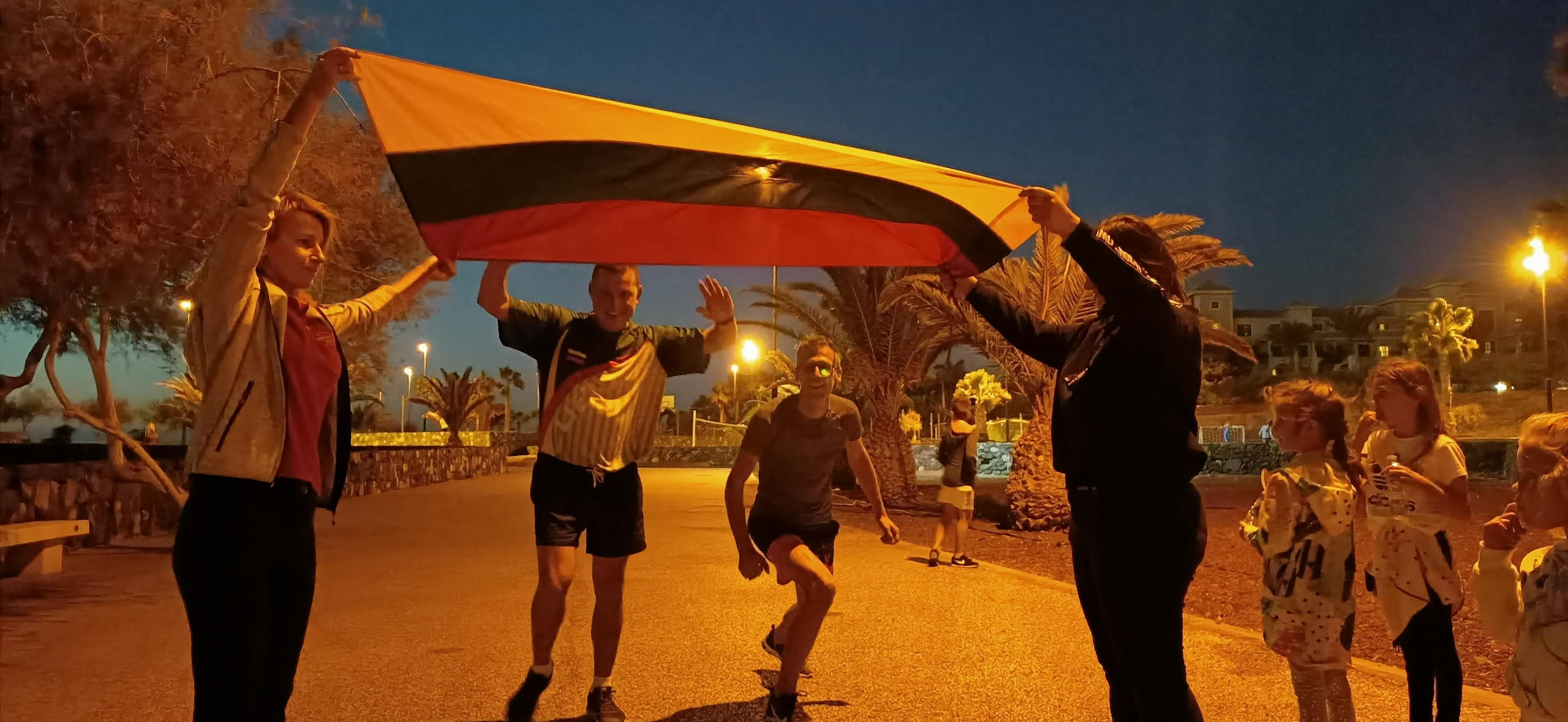 Sausio 13-osios pagarbos bėgimas TENERIFĖJE Renginiai Tenerifeje Lietuviu bendruomene Tenerifeje